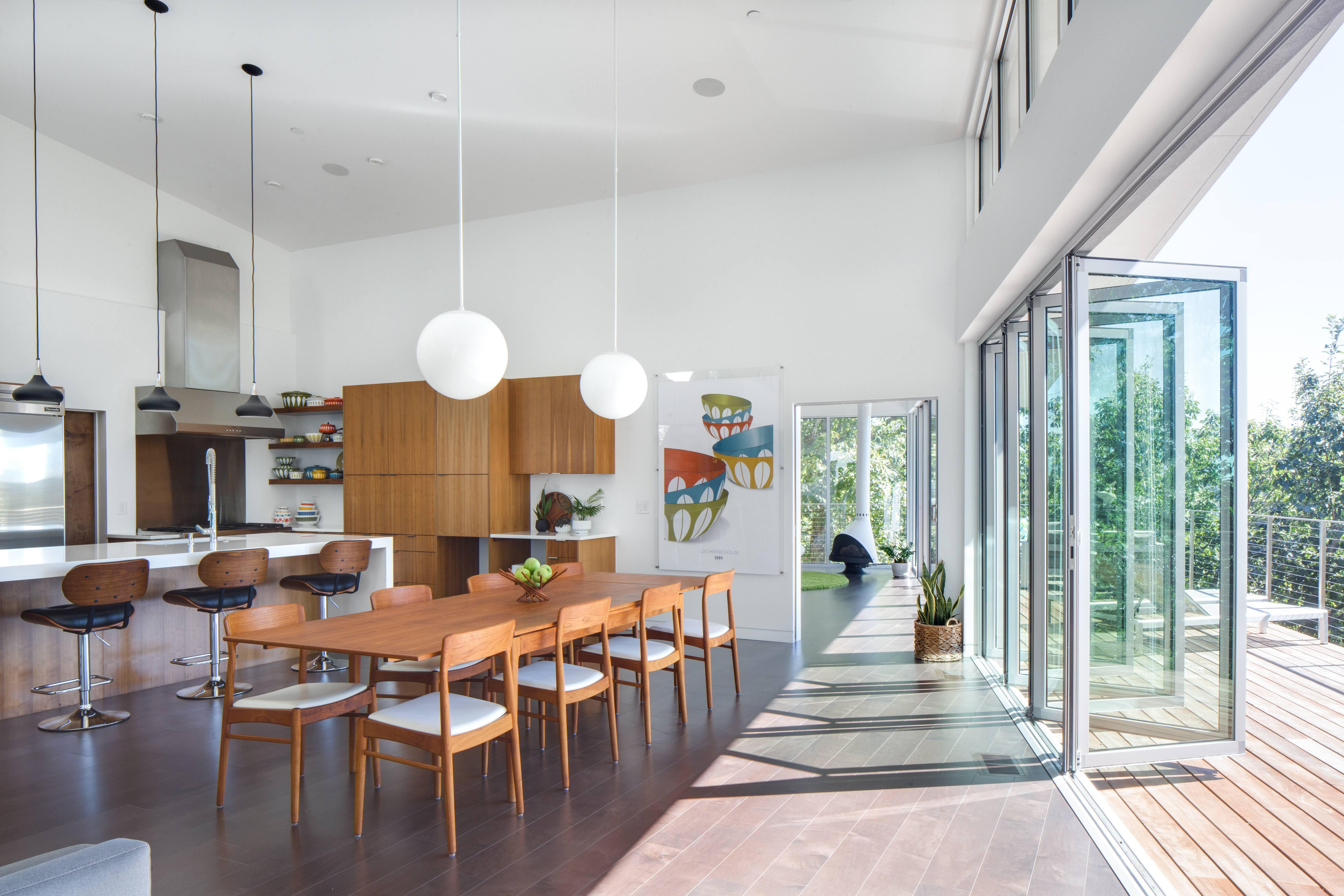 How To Master Mid Century Modern Renovation Tip One Modernize The Glass Walls Nanawall