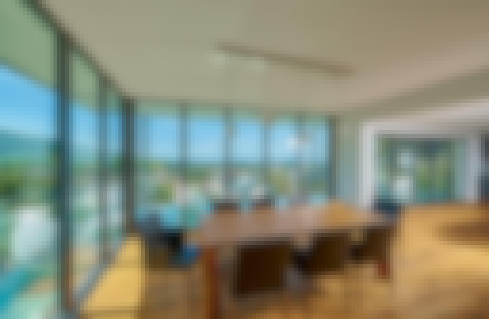 moving glass walls 2021 interior design trends