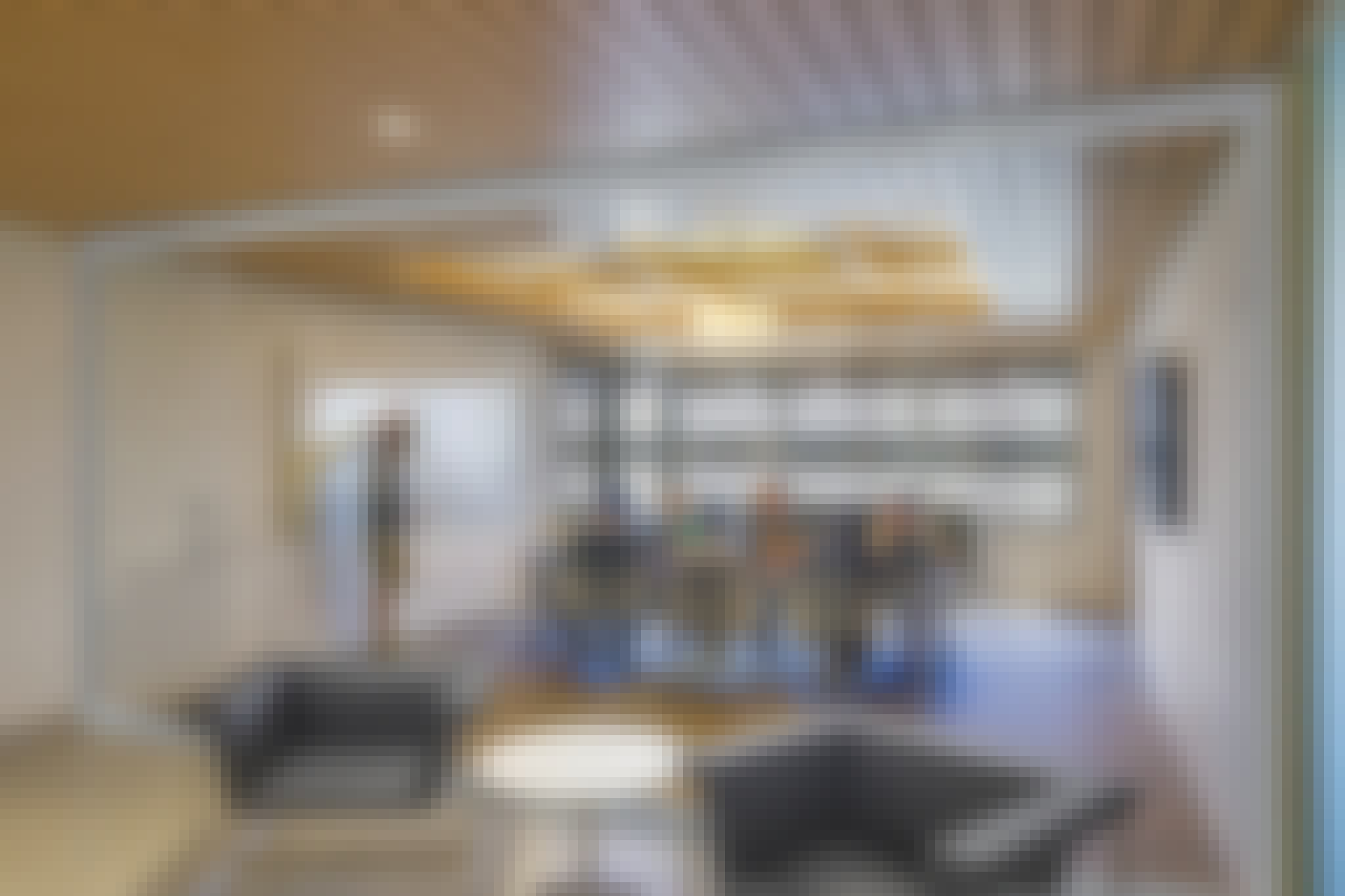 sound control with opening interior glass partition walls for offices