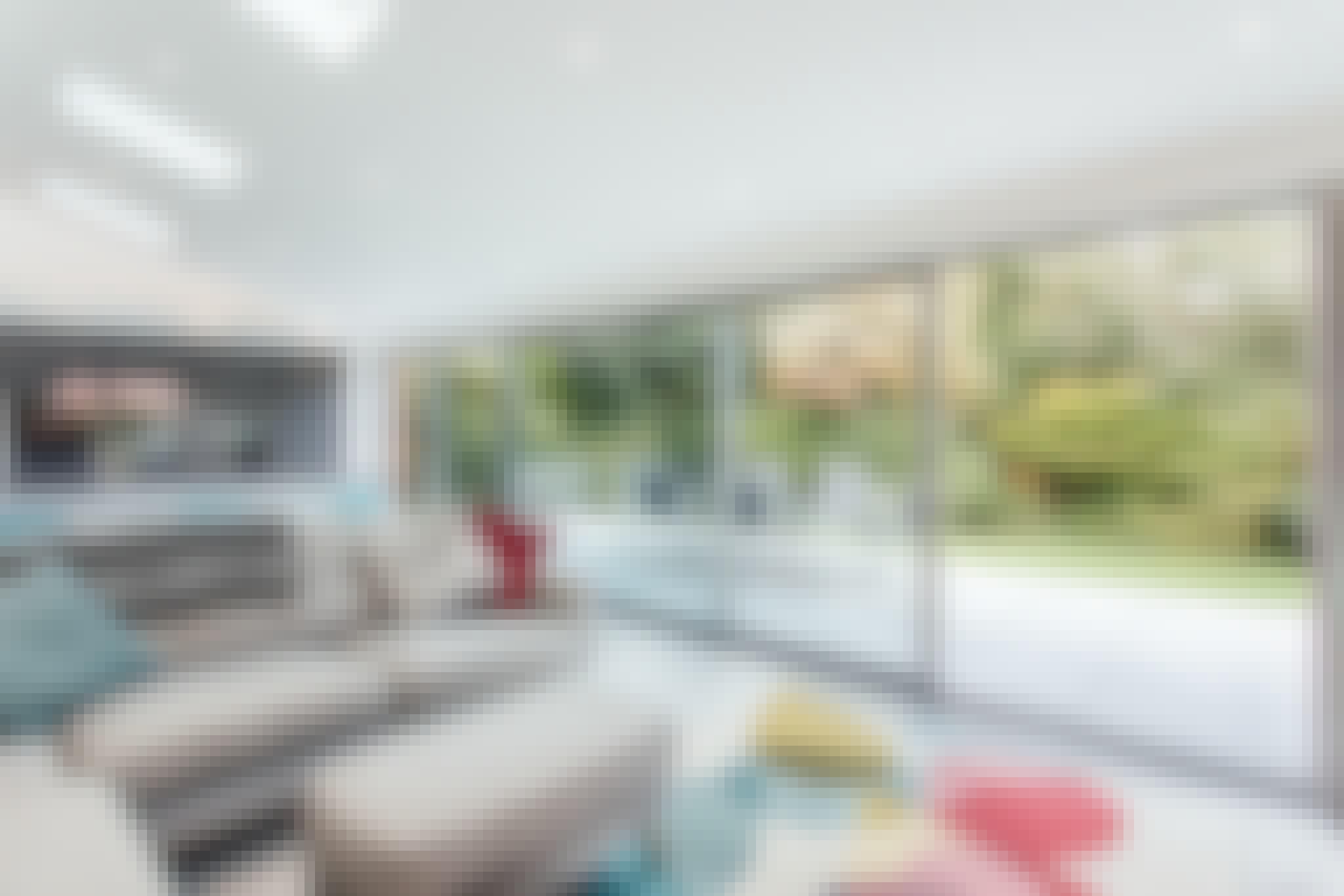 minimal sliding glass door systems