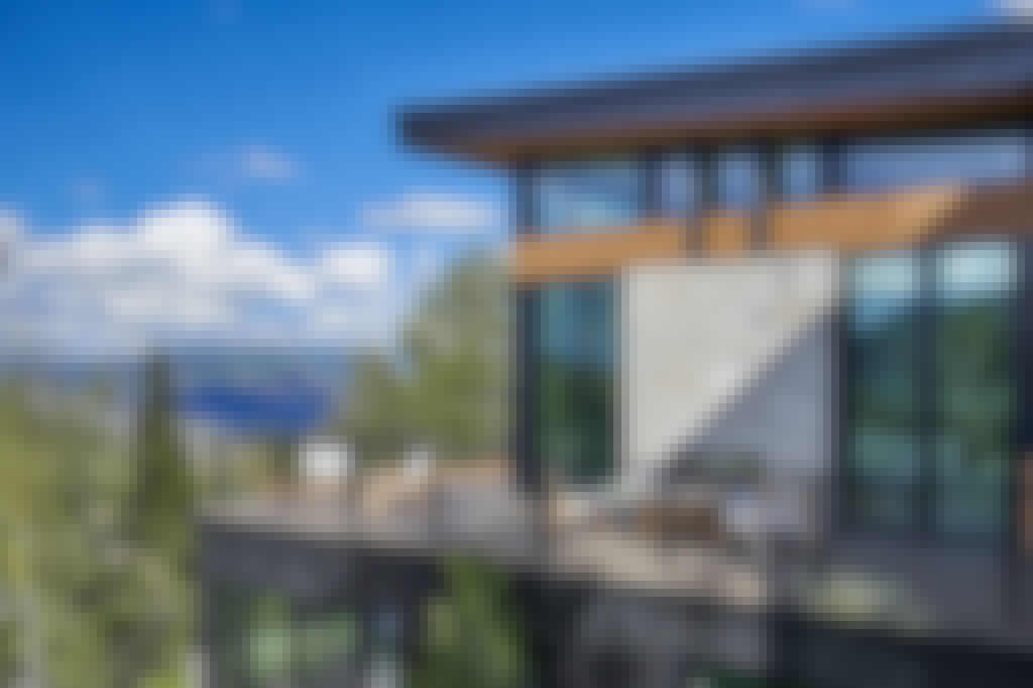 moveable glass wall systems in vacation rentals