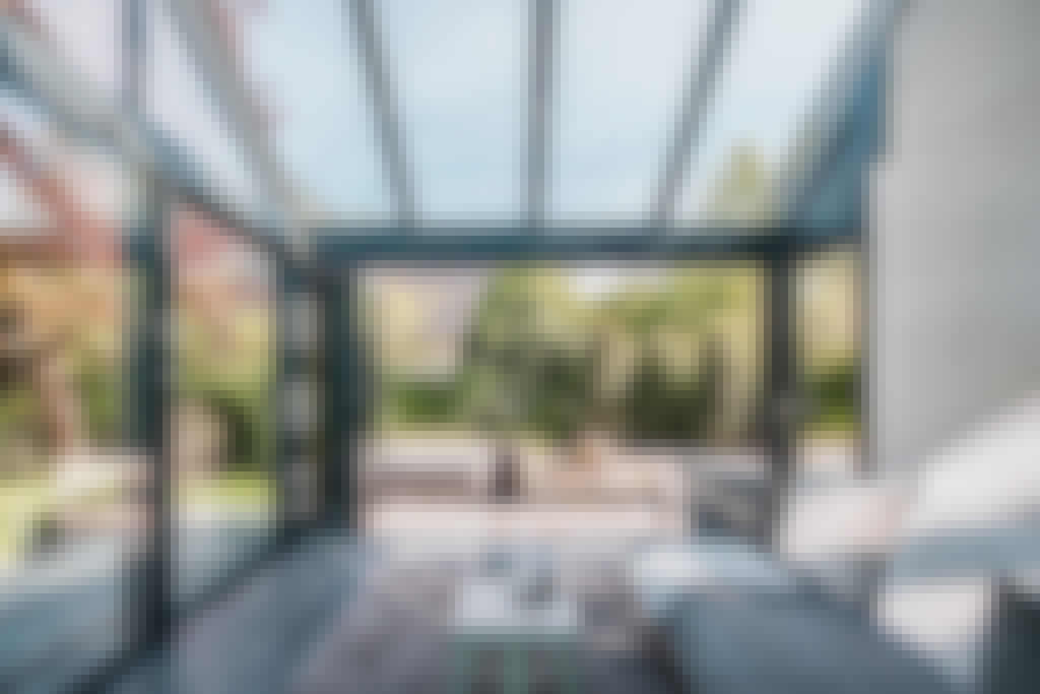retractable glass walls selection guide