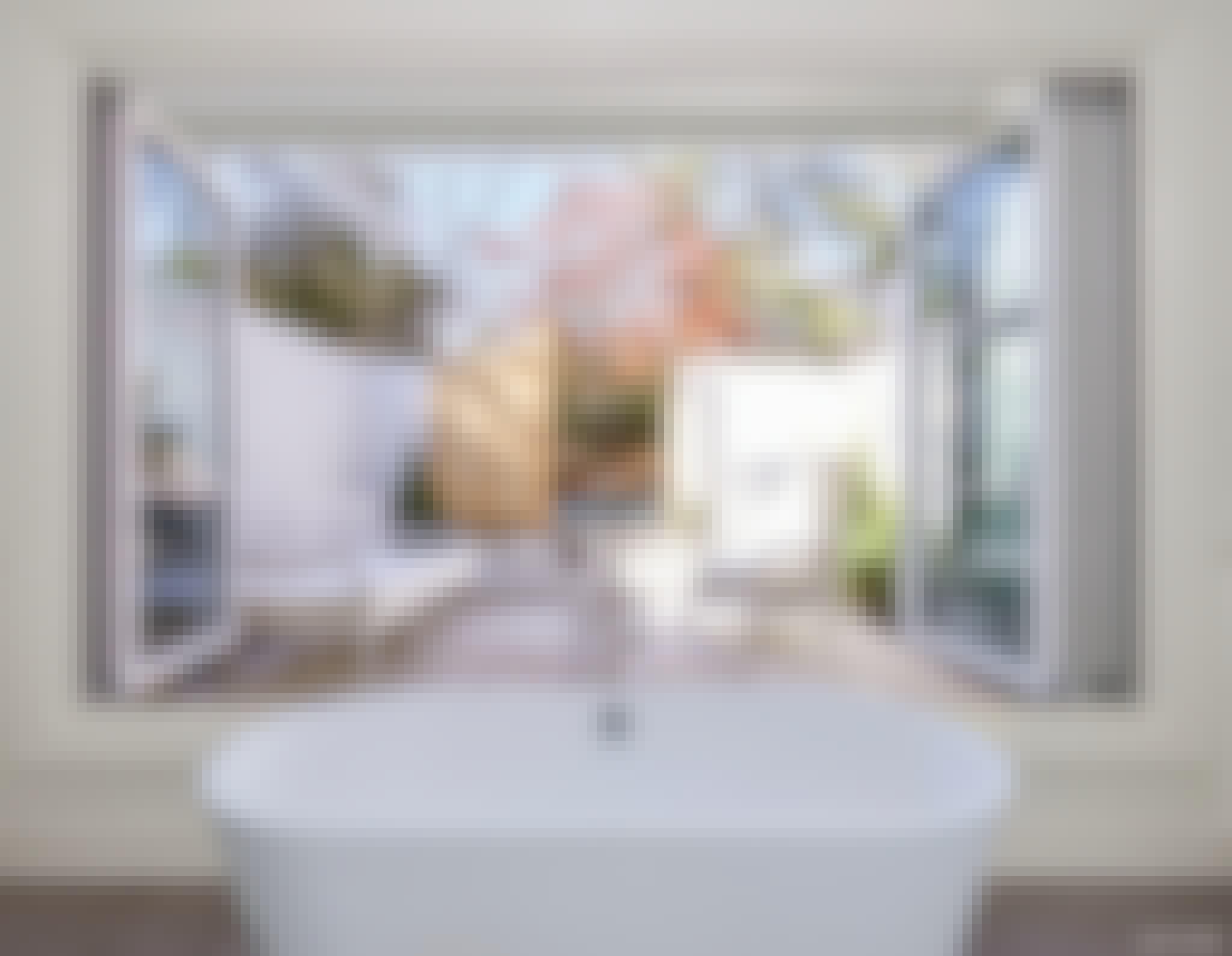indoor outdoor bathtub with retractable glass doors