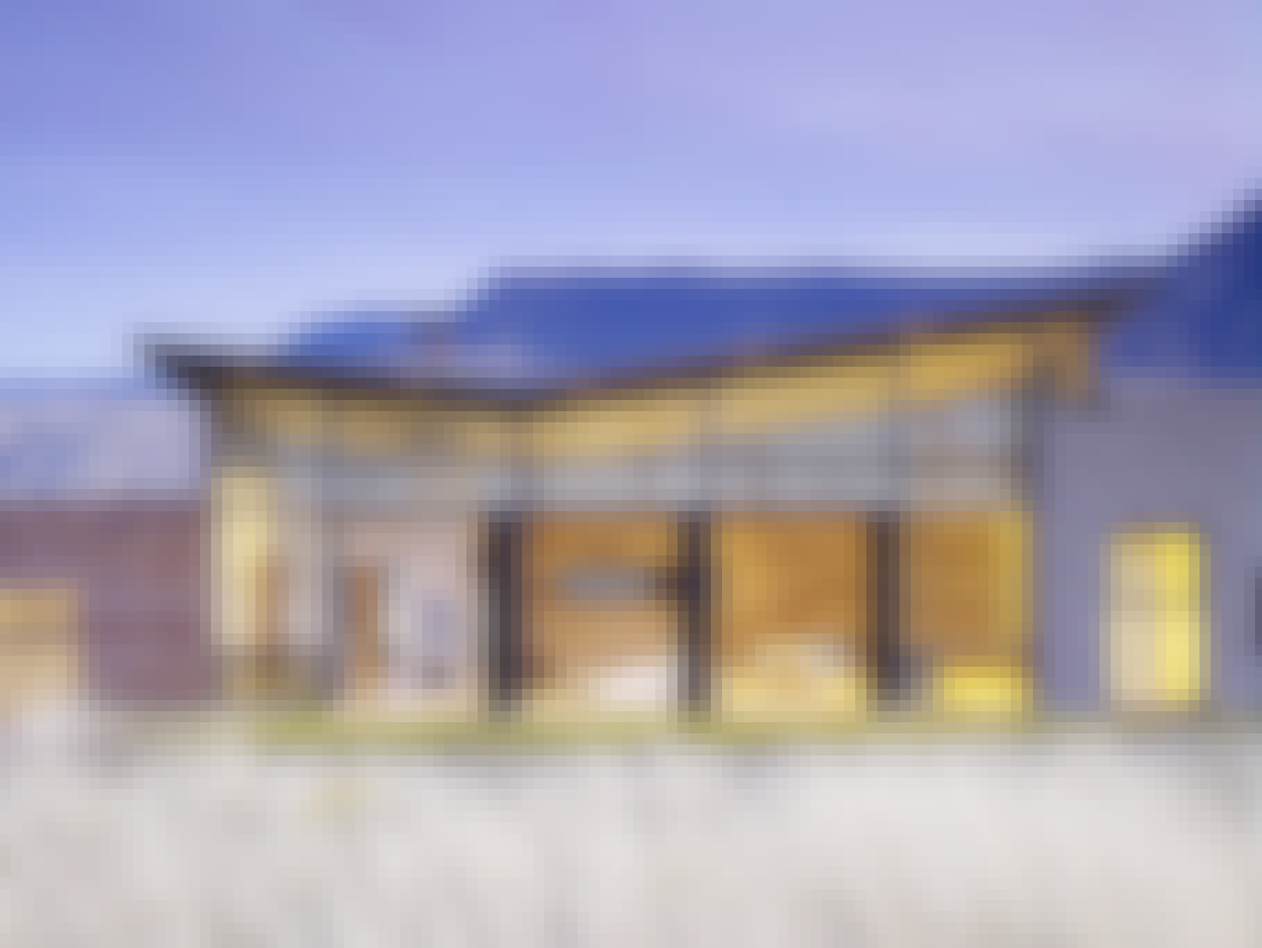 wyoming-house-with-opening-glass-walls