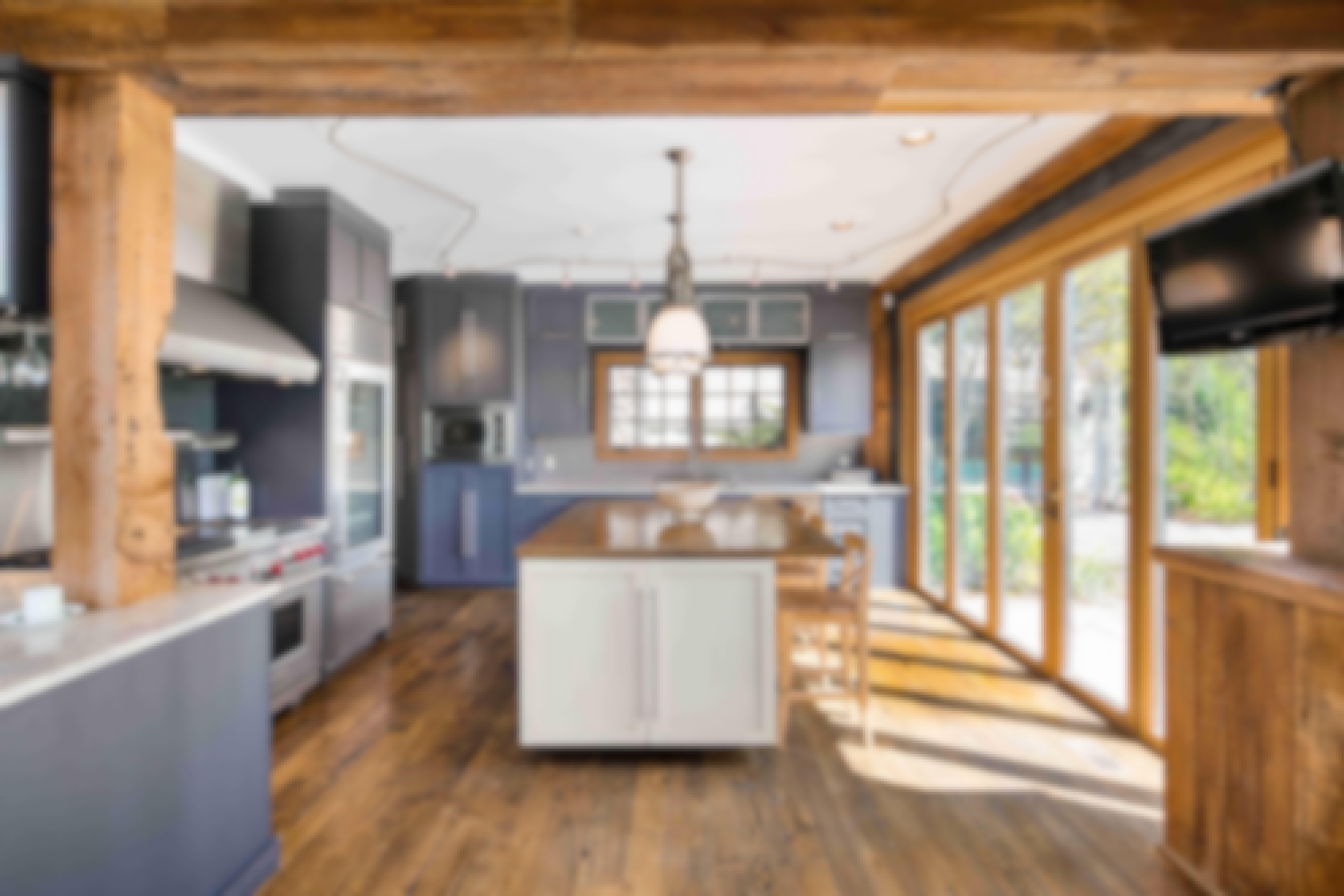 barn-kitchen-with-daylight