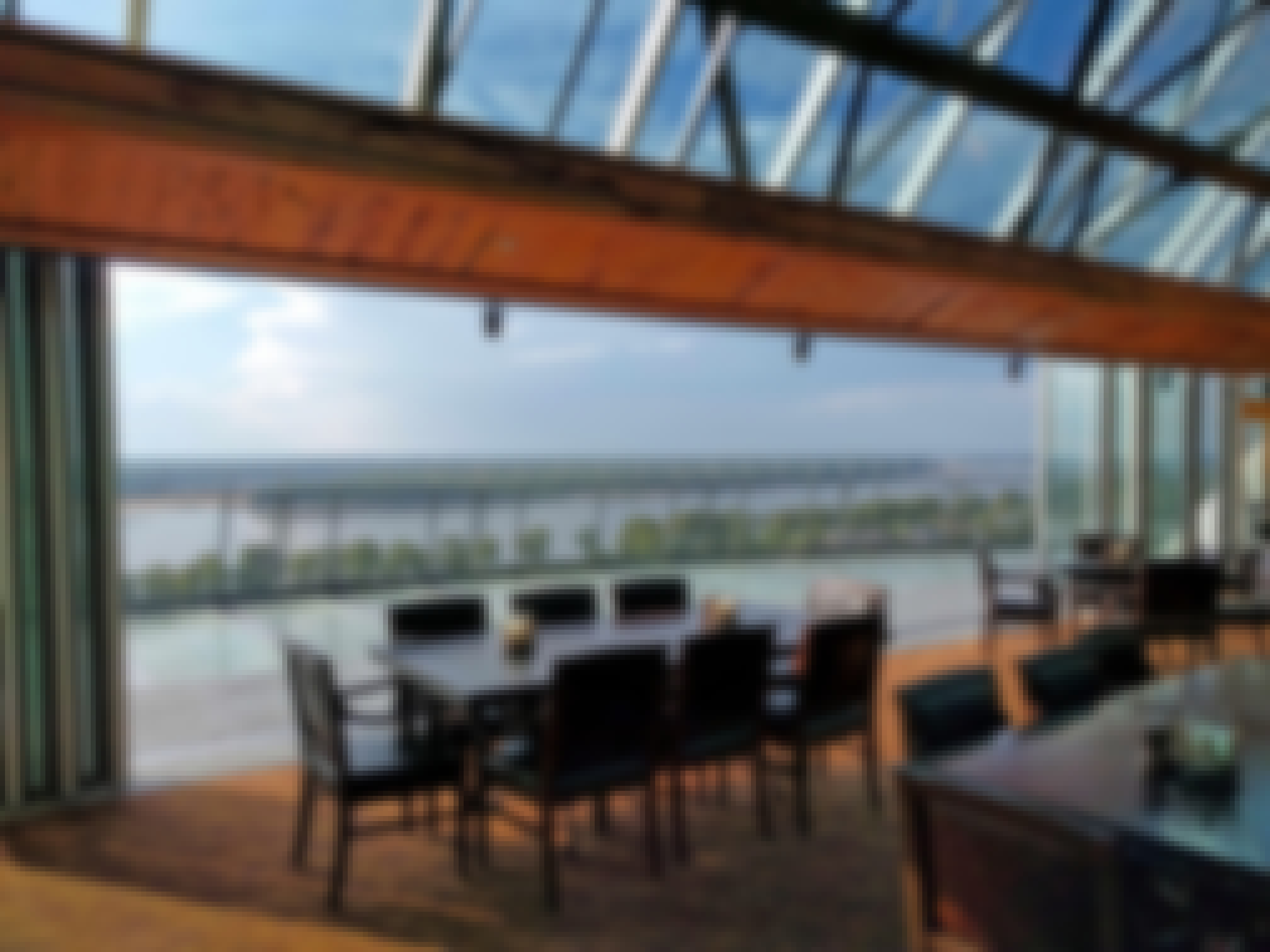 Looking-out-of-The-Lookout-from-a-table-at-the-Memphis-view