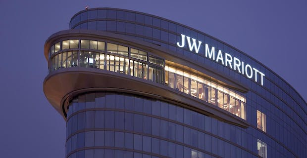 JW Marriot and Bourbon Sky rooftop bar with large sliding glass wall system-Restaurants Exterior