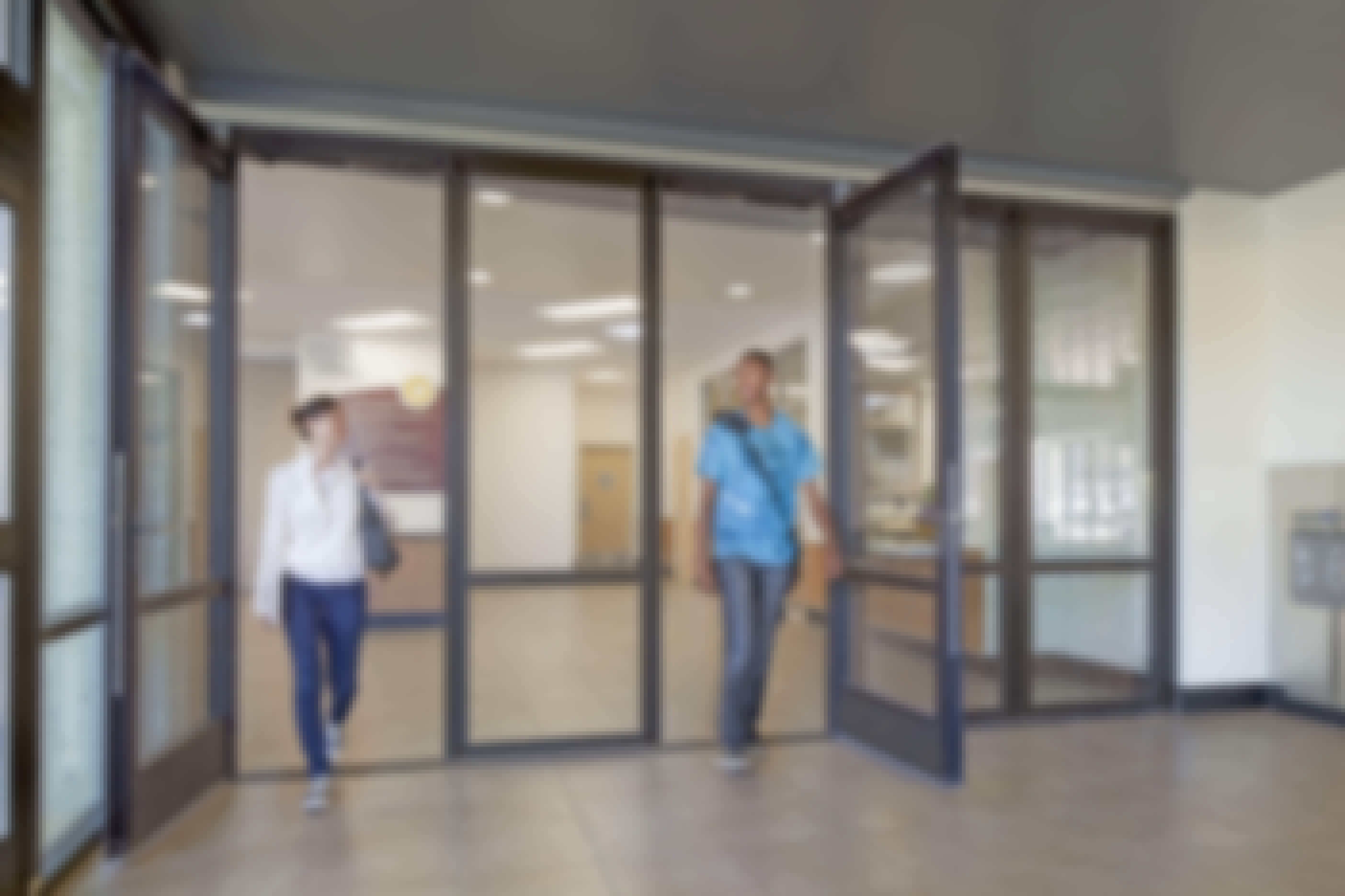 integrated swing doors in NanaWall HSW60 single track sliding system