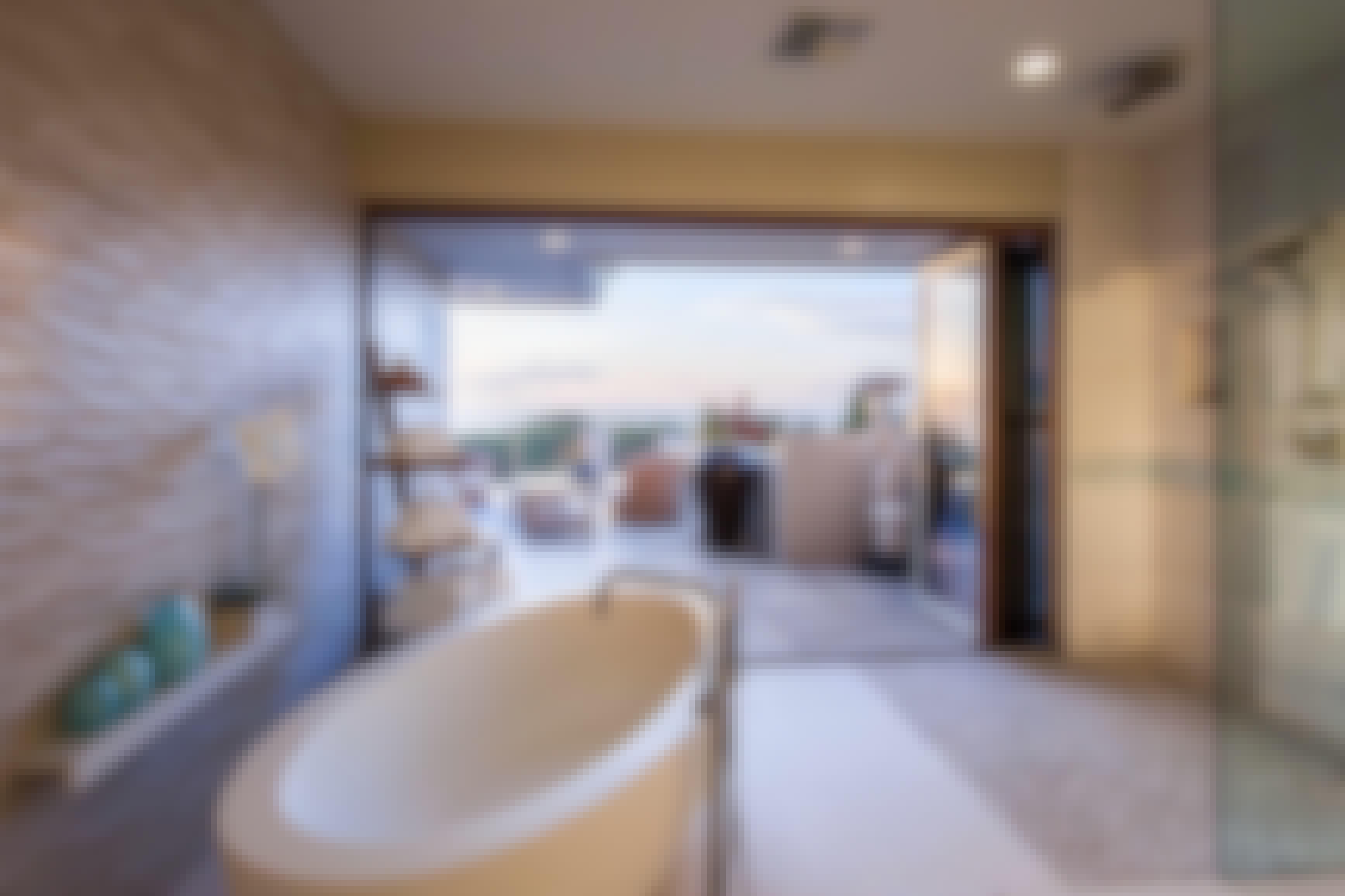 bathroom-with-biophilic-design-principles