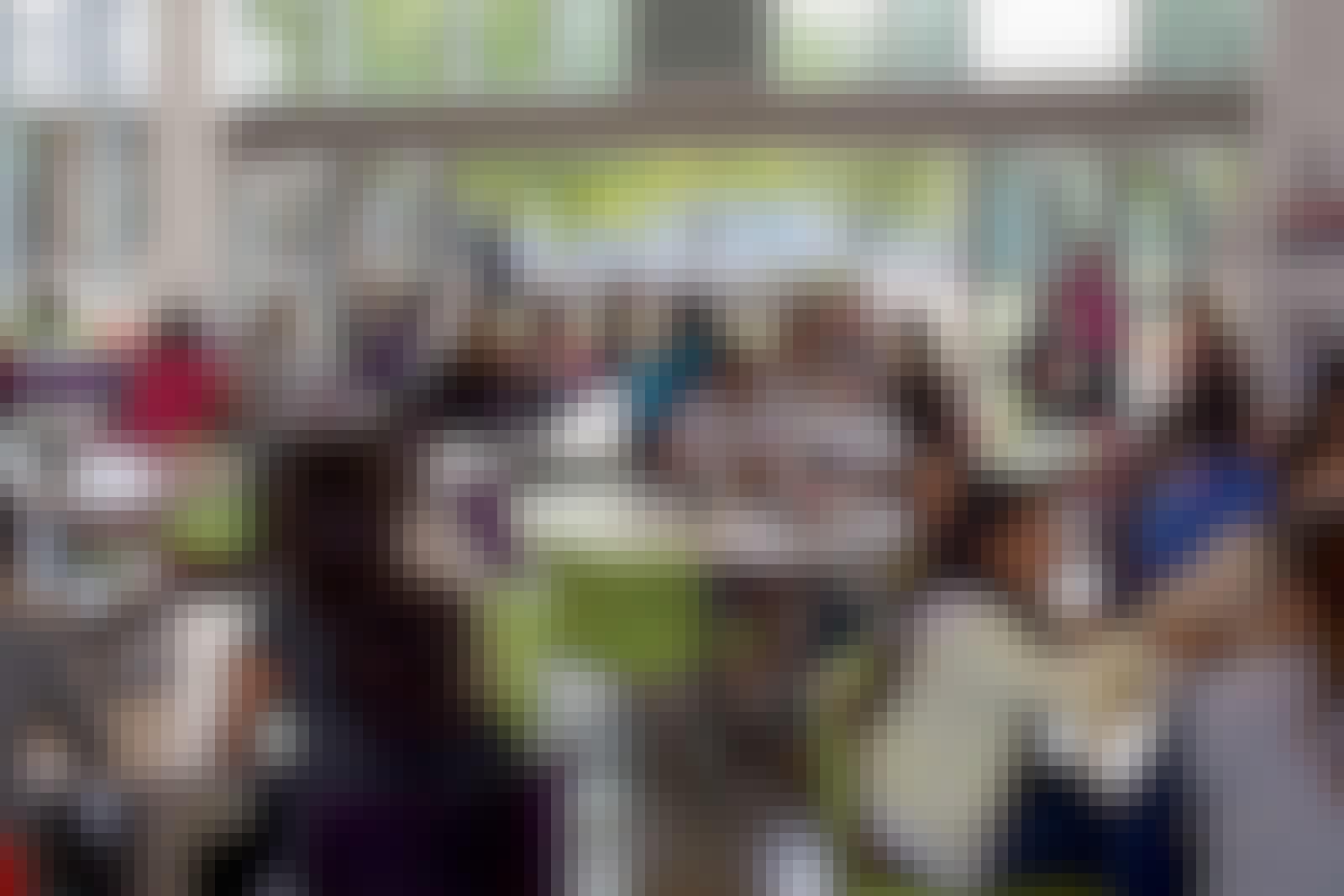 Biophilic-design-in-school-cafeteria