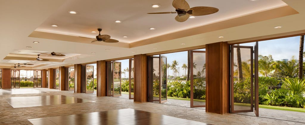 Wood Framed Folding Glass Walls WD65 Hilton Hawaii