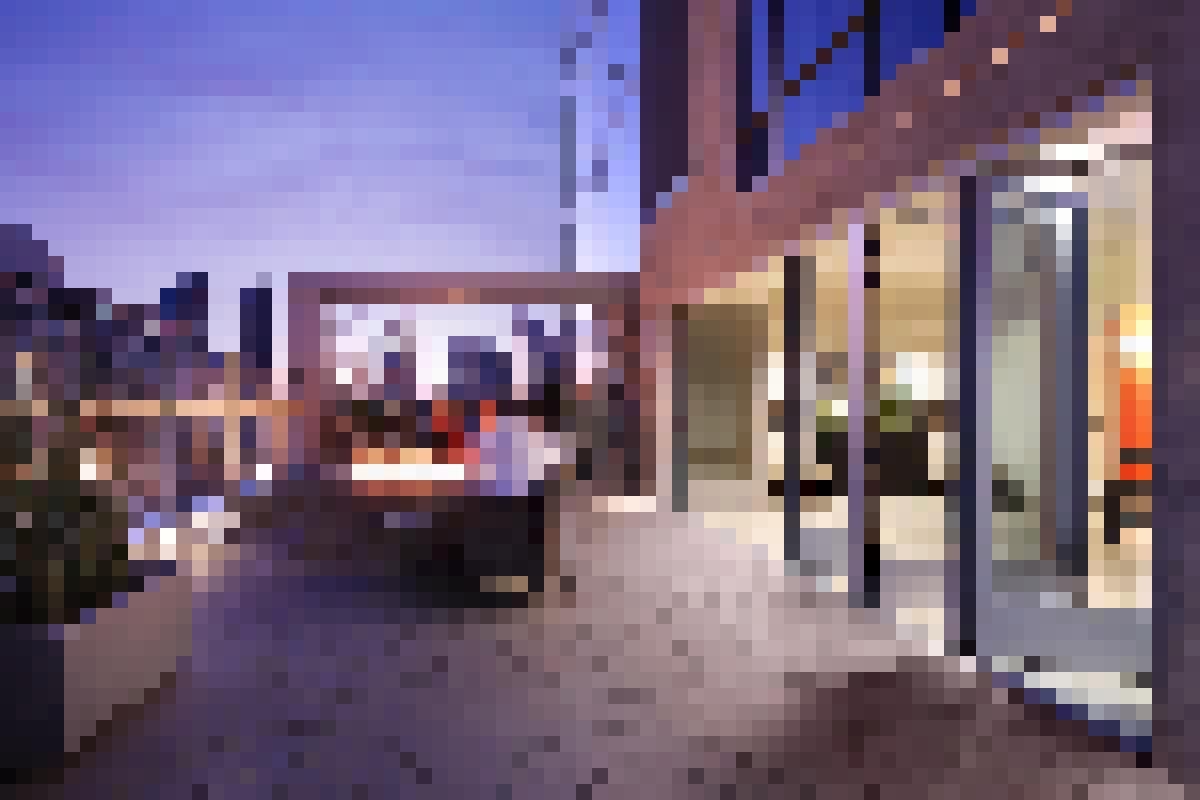 Aluminum Framed Folding Glass Walls SL70 Hotel Indigo