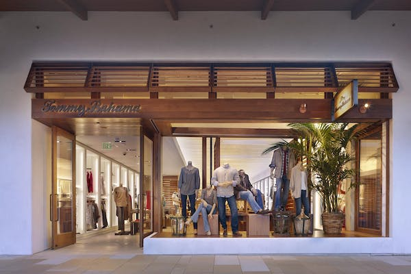tommy bahama storefront with disappearing sliding glass walls