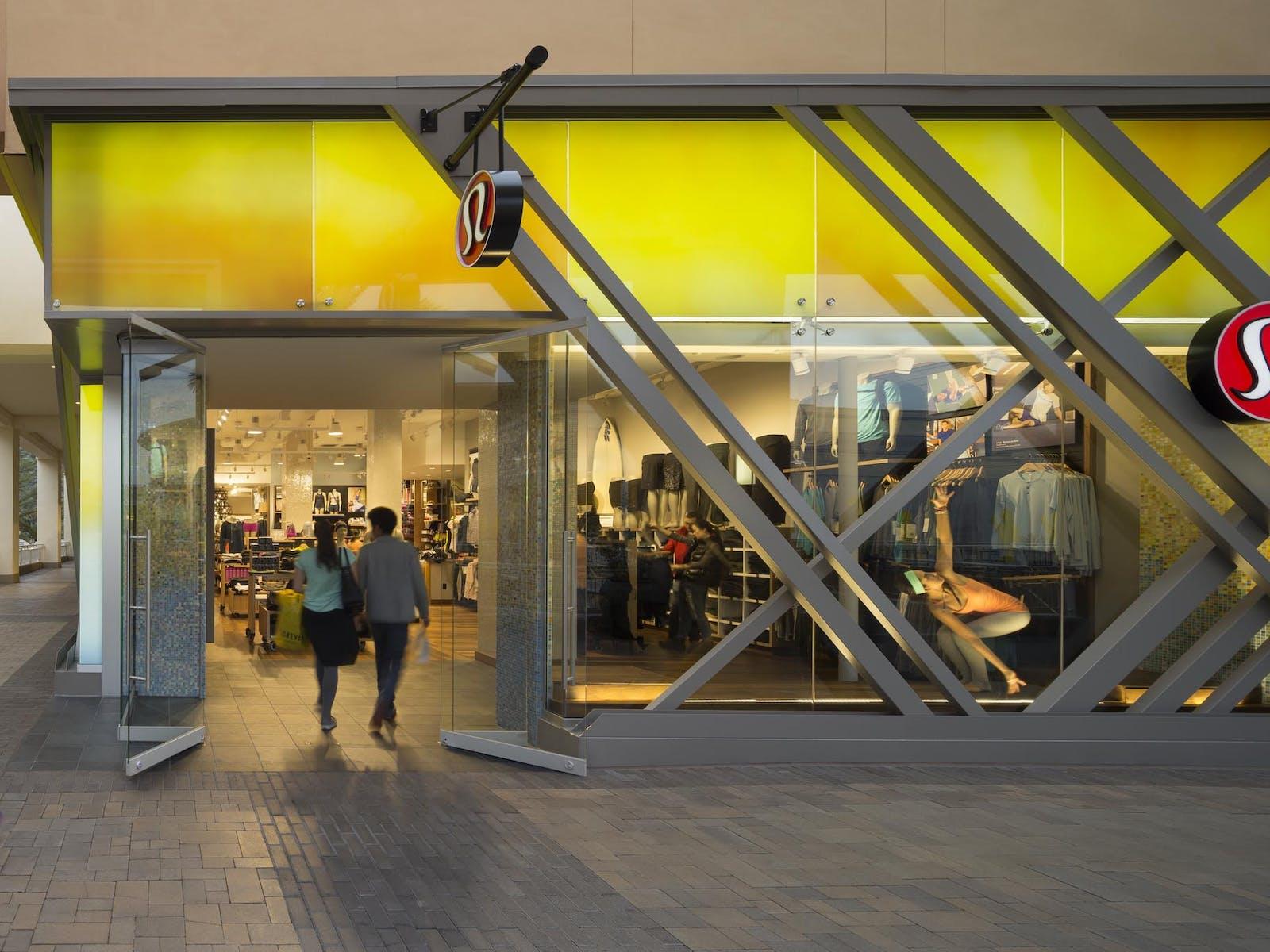 Frameless Glass Walls Highlights