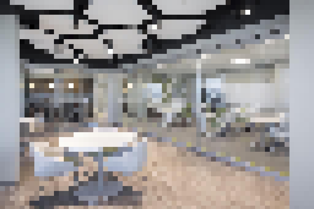 Frameless Folding Glass Walls and Doors