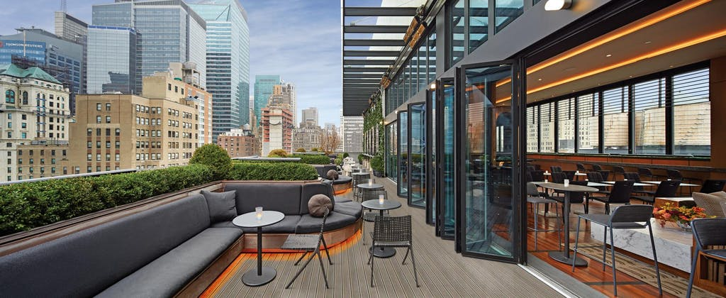 commercial patio door systems-castell-lounge rooftop bar-Restaurants Exterior