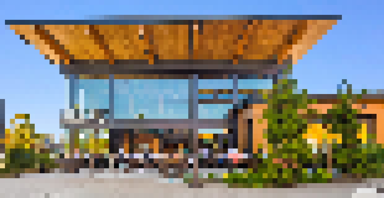 Seaplane restaurant with indoor/outdoor patio and fresh air with folding glass wall open