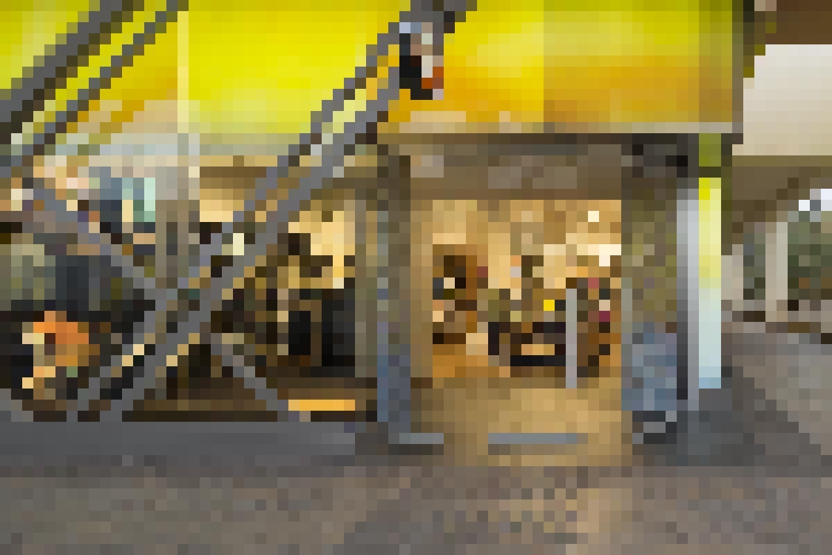 FramelessSlidingGlass Walls-Produc-HSW75