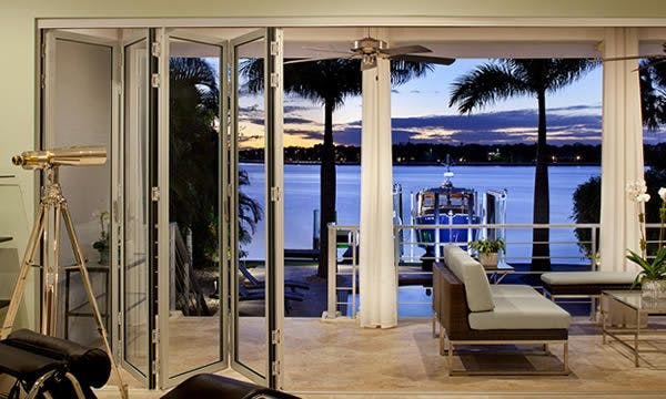 Learn How a Movable Glass Wall System is Perfect for You